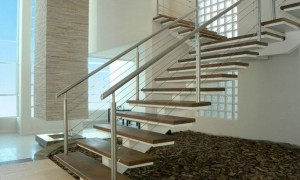 Escadas feitas com estruturas
